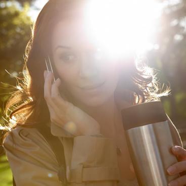 EMSA Travel Mug Isolierbecher mit Quick Press Verschluss Fassungsvermögen: 360 ml, Farbe: Brombeer