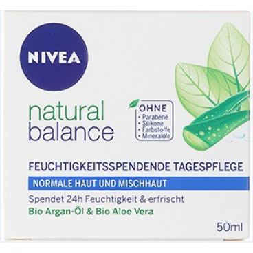NIVEA FACE Natural Balance Feuchtigkeitsspendende Tagespflege