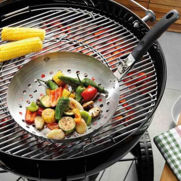 GEFU Gemüse-Wok BBQ, mit abnehmbarem Griff Durchmesser: 28 cm