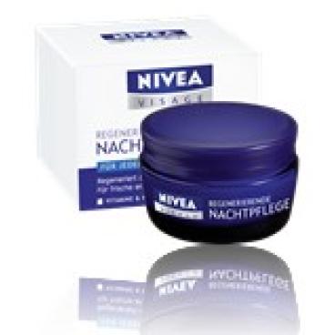 NIVEA® Visage Regenerierende Nachtpflege